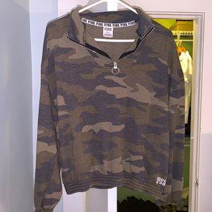 PINK Half Zip green camo Sweatshirt Sz M